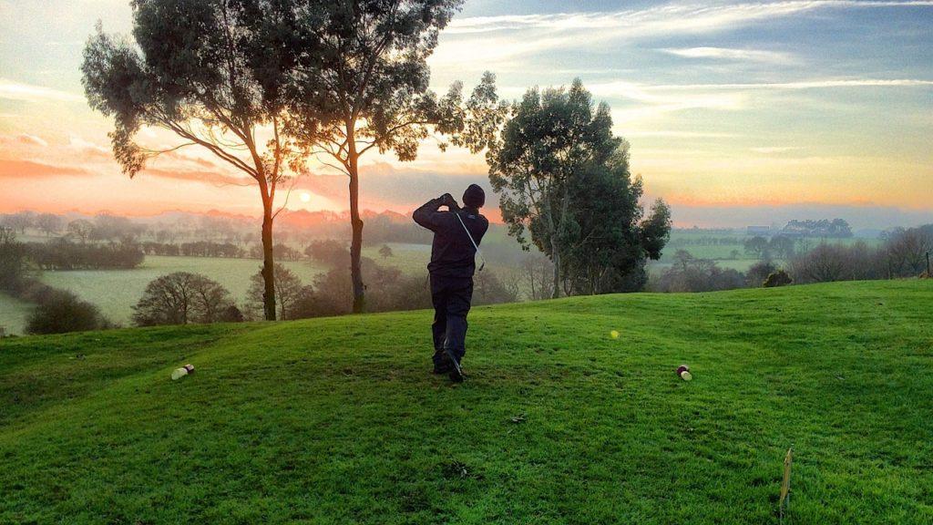 早朝ゴルフ】しませんか?早朝スルー可能なゴルフ場一覧